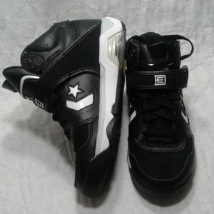 CONVERSE hi top new leather youth black & white